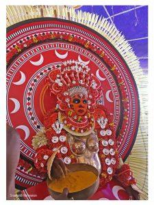 Chamundi Theyyam Photos - Kundor Chamundi Theyyam